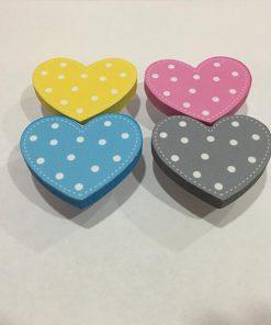 Puantiyeli Kalp Motifli Bebek Kulp Modelleri